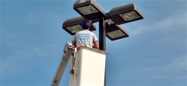 indoor-building-parking-pole-outdoor-light-repair